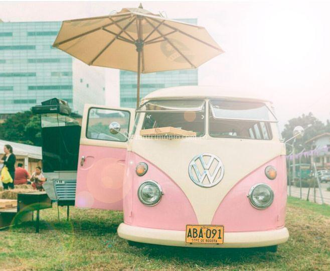 Volkswagen Combi palo de rosa