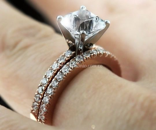 0faf7370c95c ... Anillo De Compromiso Oro Blanco Y Rubí De Diamond Lady  Burana Joyeros