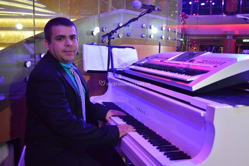 Janer Orozco Voces y piano