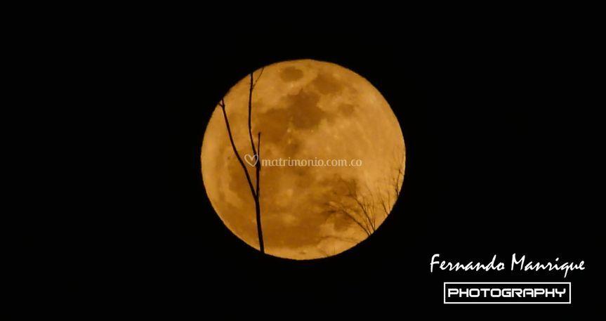 La luna de Iza