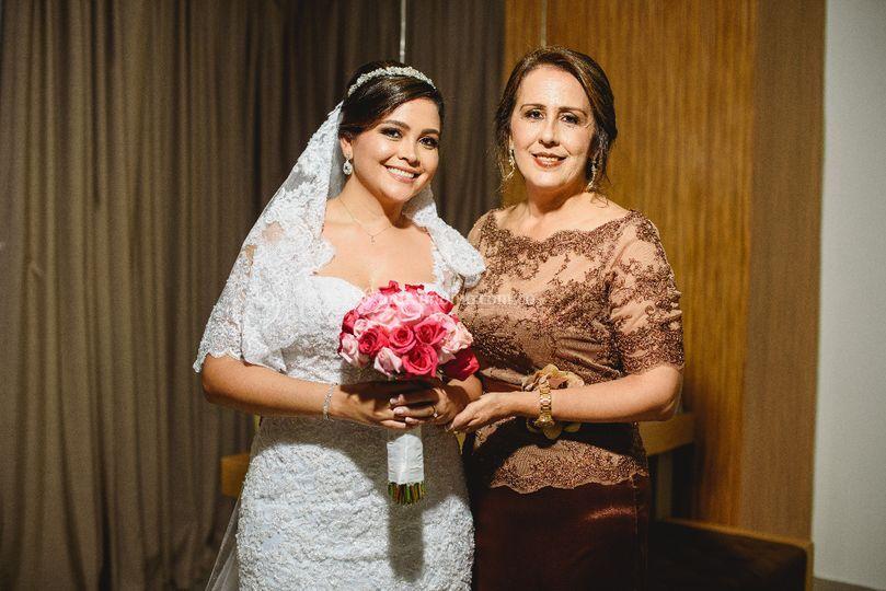 Novia con su madre