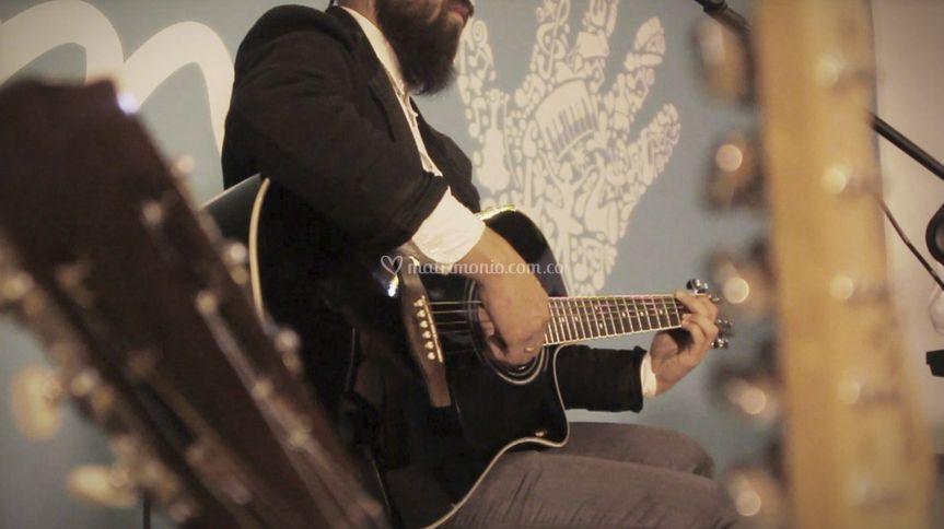 CieloSur - Guitarrista