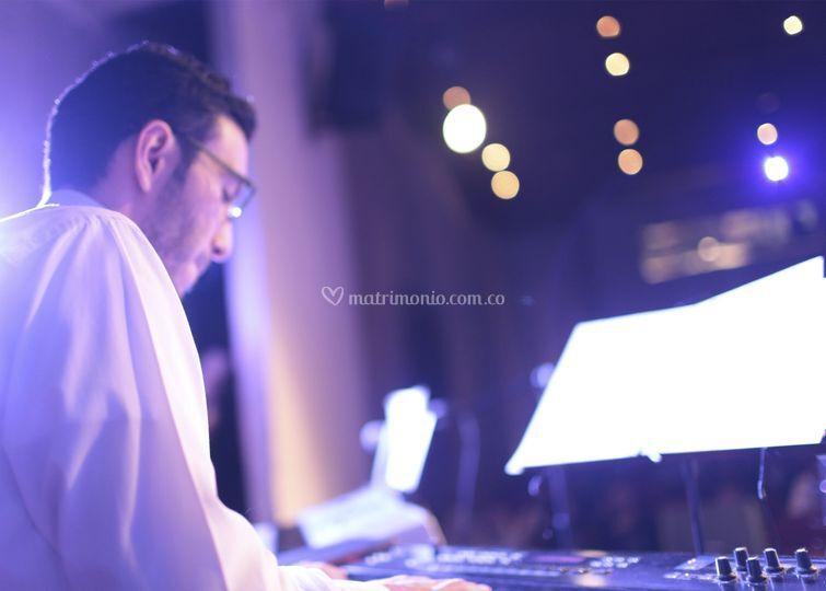 CieloSur - Pianista