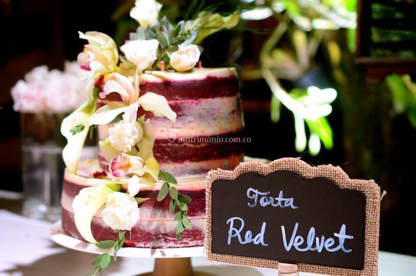 Red velvet semi naked