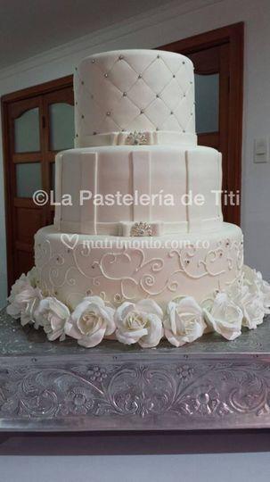 Torta de novia negra envinada