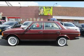 Juan David Sarmiento - Mercedes Benz 230E