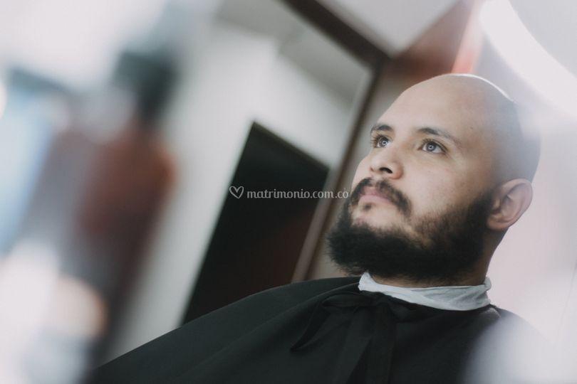 Halard Barber in House