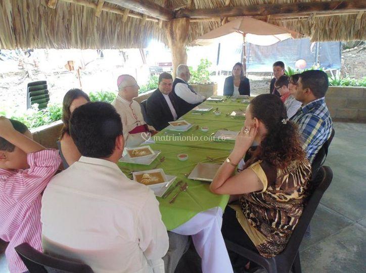 Disfrutando del banquete