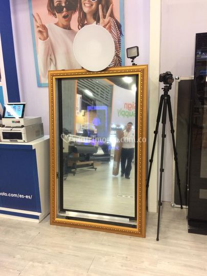 Jingzi Magic Mirror Photo