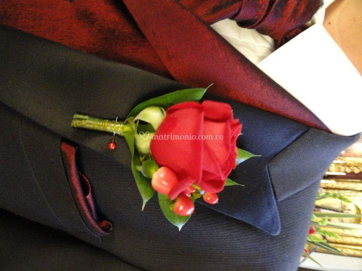 Botonier, rosas, rojo