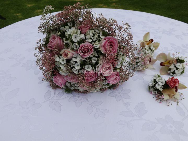 Bouquet, botonier,novias