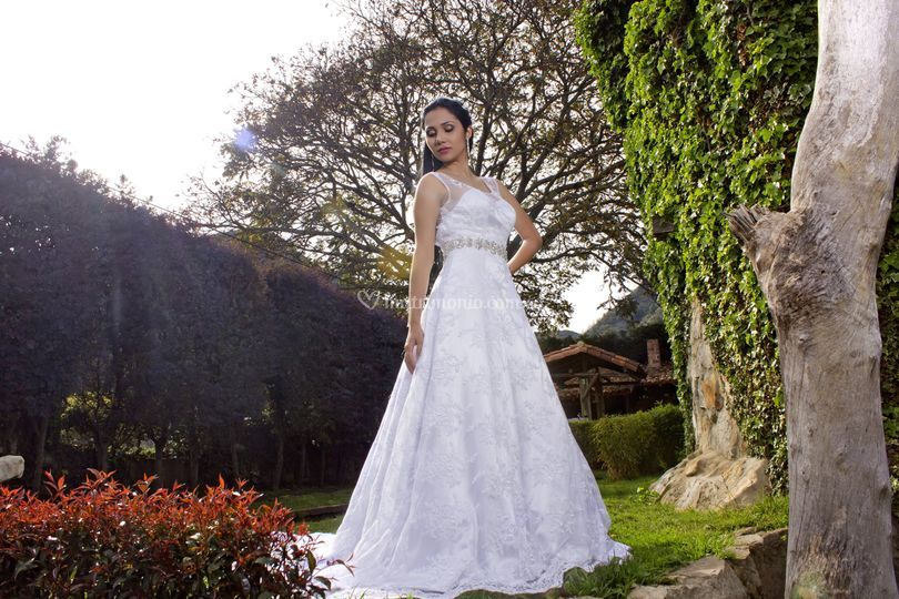 L'atelier chic vestidos de novia y fiesta