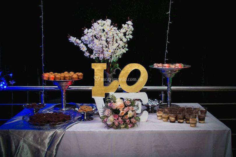 Mesa dulces decorada