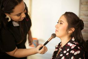 DD Makeup Studio