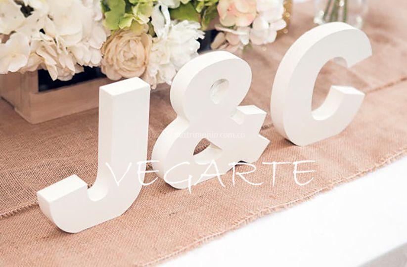 J Y C  para mesa