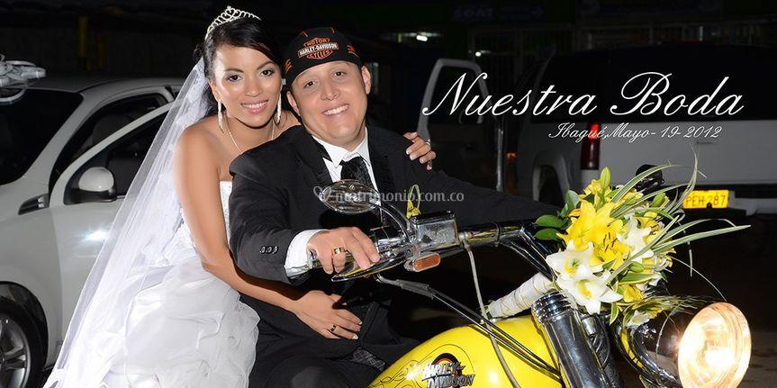 Motociclistas enamorados boda