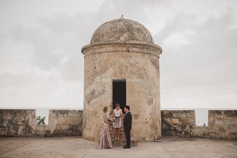 Elope to Cartagena