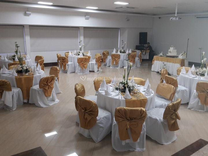 Salón Los Caballeros decorado