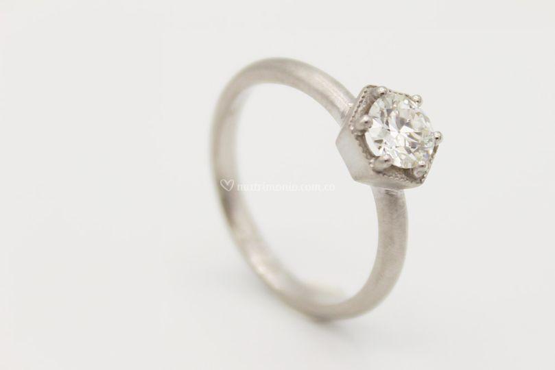 Oro 18k mate, diamante 0,34