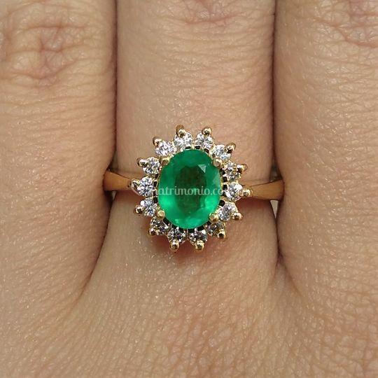Esmeralda, oro y diamantes.