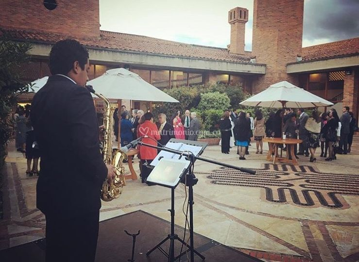 Coctel - show de saxofon