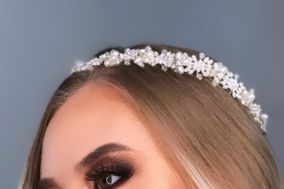 Anita R Makeup