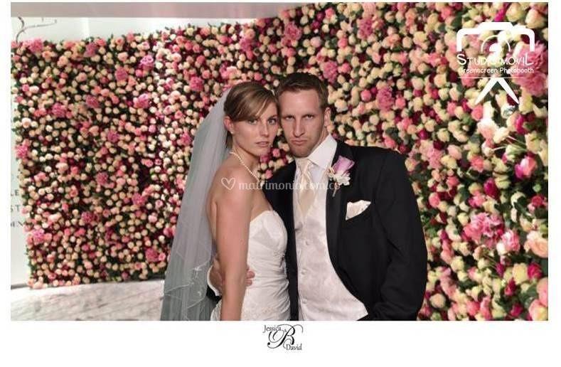 Foto con fondo virtual rosas