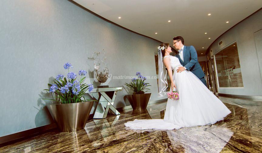 Abrazar al amor boda