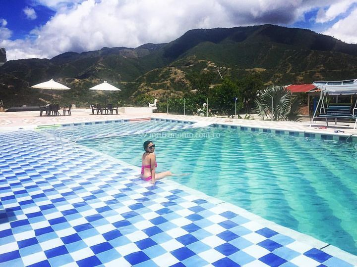 Hermosa piscina de finca los cristales foto 8 - Cristales para piscinas ...