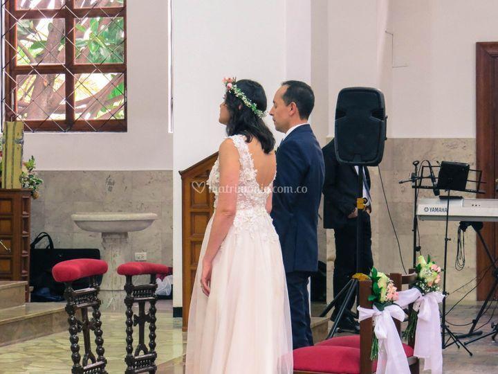 Ceremonia de boda, iglesia. Ma
