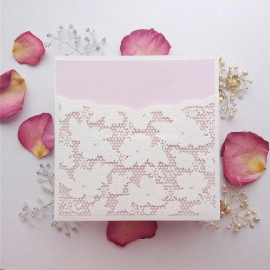Flores con perla