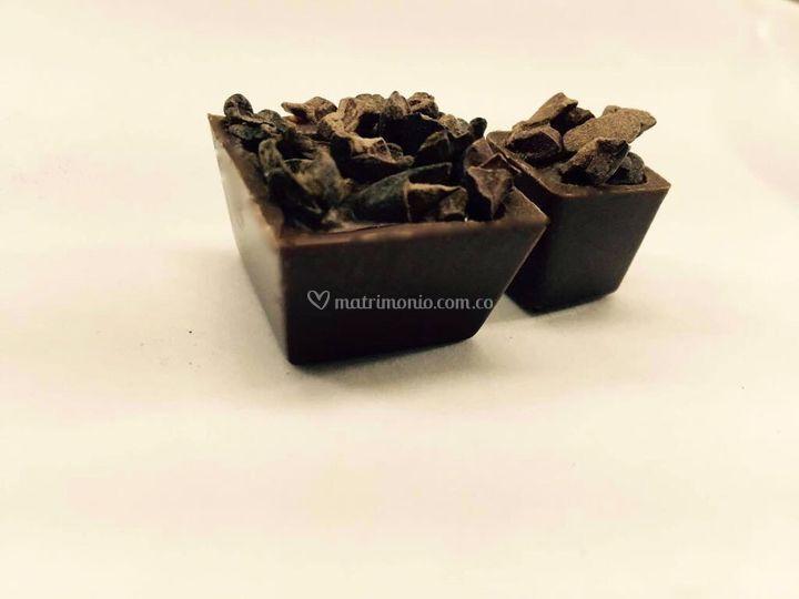 Bombón chocolate y nips cacao