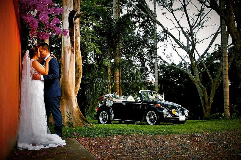 Lorenzo & Jerónimo VW Wedding Car