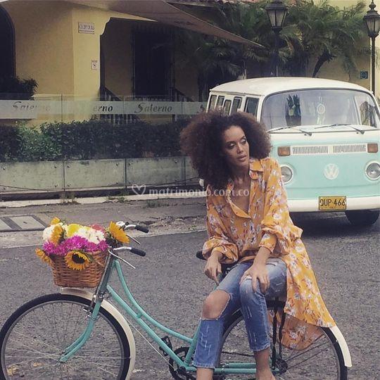 Combi y Bicicleta