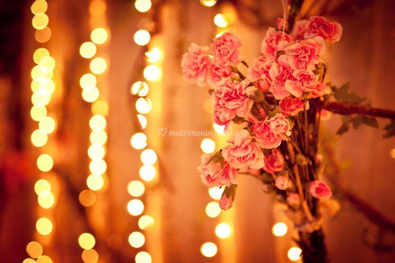 Detalle en rosa spray y luces