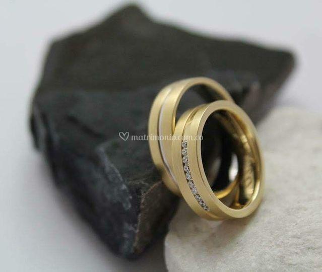 Oro amarillo y diamantes