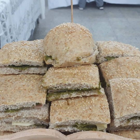 Sanduche de queso y espinaca