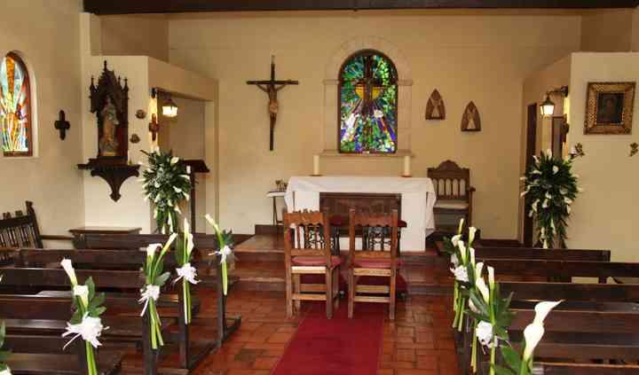 La capilla vitrales preciosos