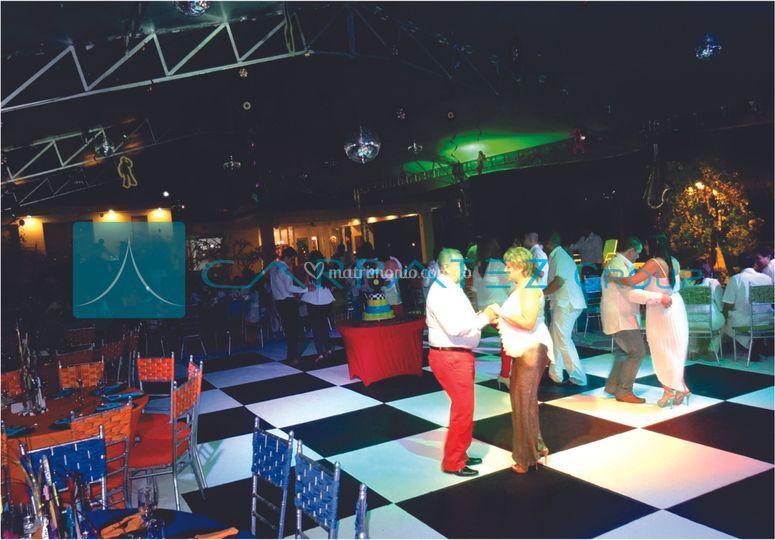 Pista de baile ajedrezada