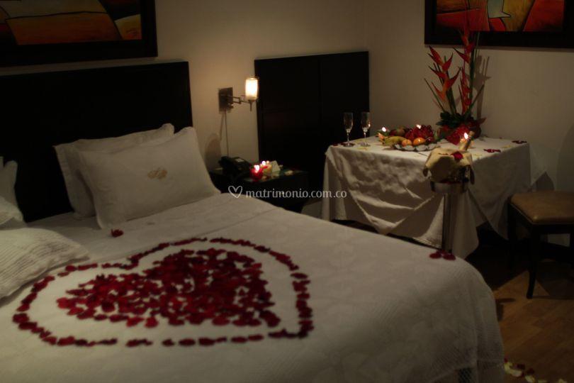 Hotel american deluxe - Como preparar una noche romantica ...