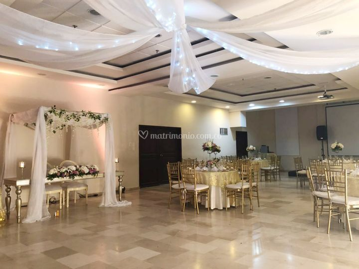 Hotel Howard Johnson By Wyndham Versalles Barranquilla
