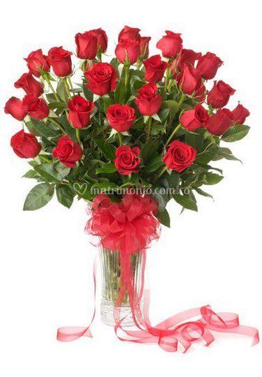 Jarrón de rosas+