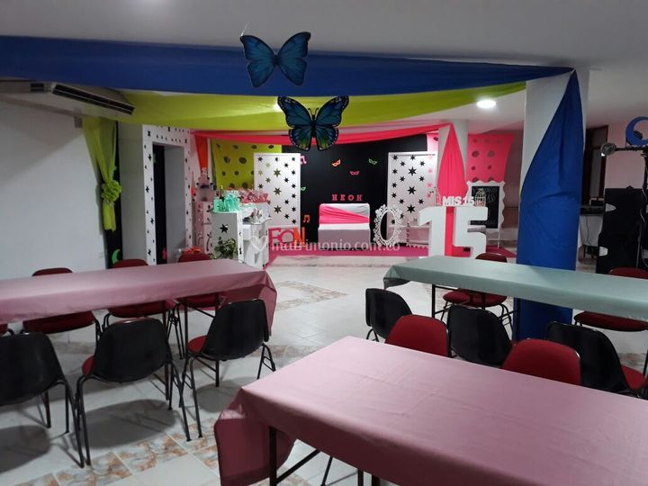 Salón decorado