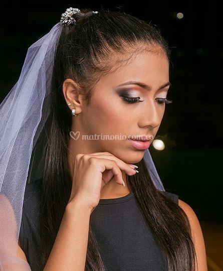 Maquillaje pasarela novia