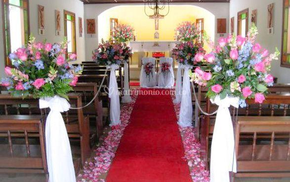 Decoración para ceremonia religiosa