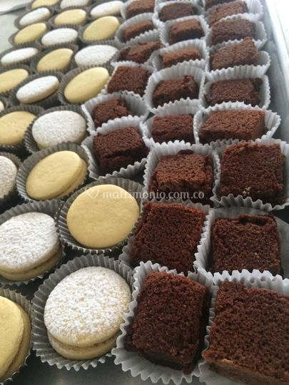 Alfajores y mini brownie