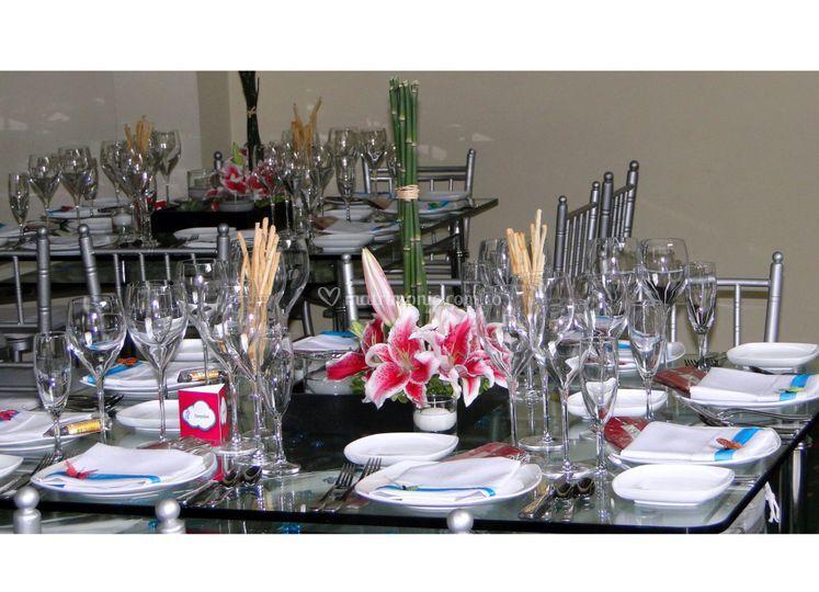 Montaje de mesas en vidrio