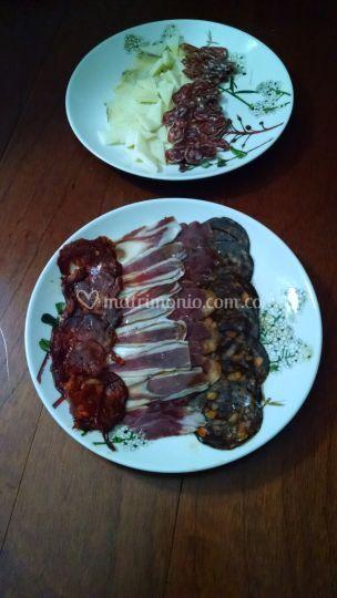 Entrada carnes frías y quesos