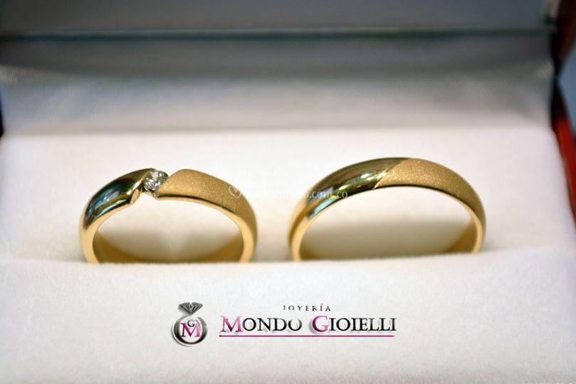 Oro amarillo y diamante