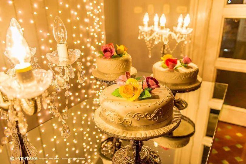 Mesa de espejo para torta